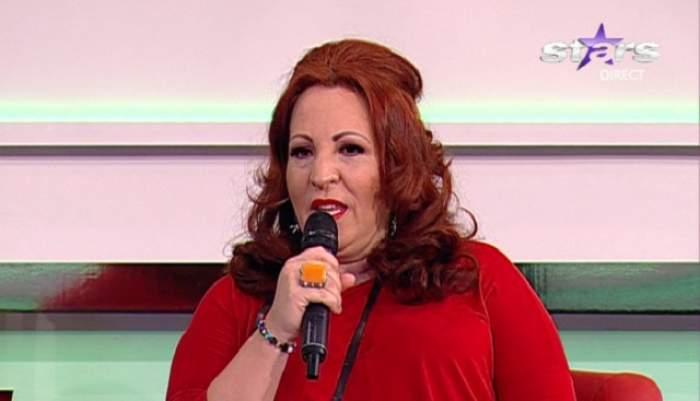 """Jeni Nicolau, în lacrimi la televizor: """"Am ţinut post 12 ani ca să mă căsătoresc!"""""""