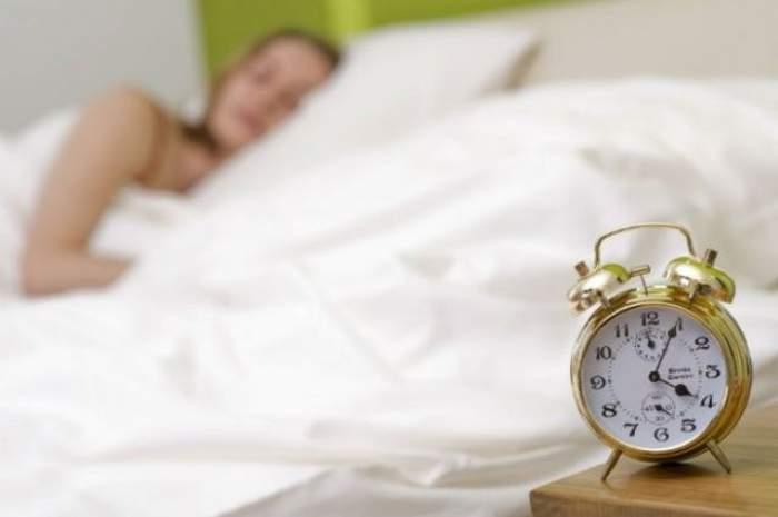 Dormi prea mult? Uite la ce riscuri te expui!
