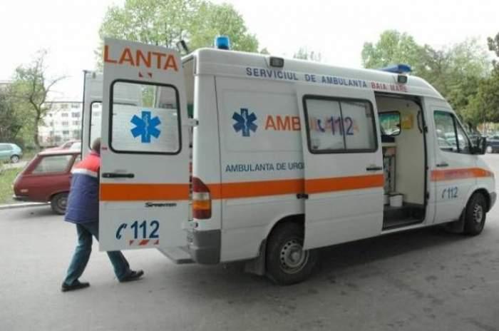 Tragedie la Botoşani! Un ambulanţier mort şi 4 persoane rănite, într-un accident terifiant