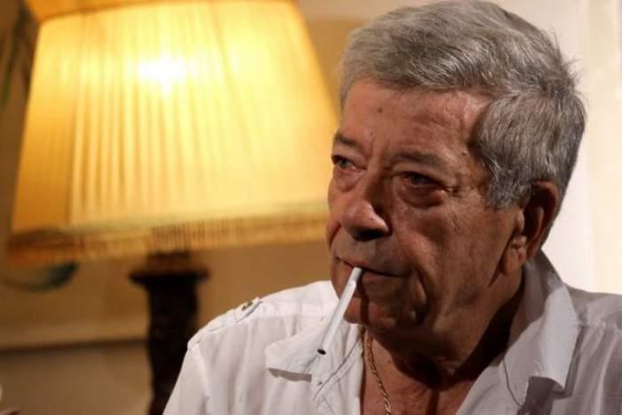 """Ion Dichiseanu, super selfie la 81 de ani! Cine l-a """"corupt""""?"""
