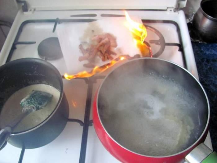 Nu trebuie să reîncălziţi niciodată aceste alimente! Există riscul să vă intoxicaţi