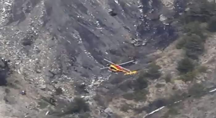 VIDEO / Te vor trece fiorii! Primele imagini cu avionul prăbuşit în Franţa