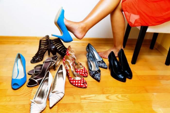 ÎNTREBAREA ZILEI - JOI: Ce modificări apar în organismul tău dacă poţi pantofi cu toc