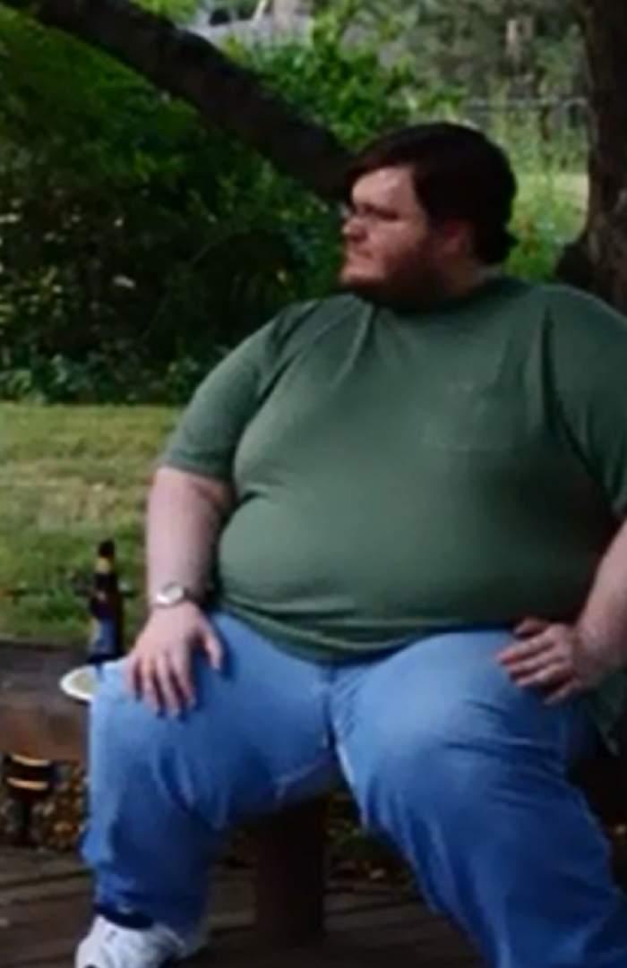 VIDEO / Un bărbat a slăbit 165 de kilograme, iar acum arată HIDOS! Uite cum îi atârnă pielea