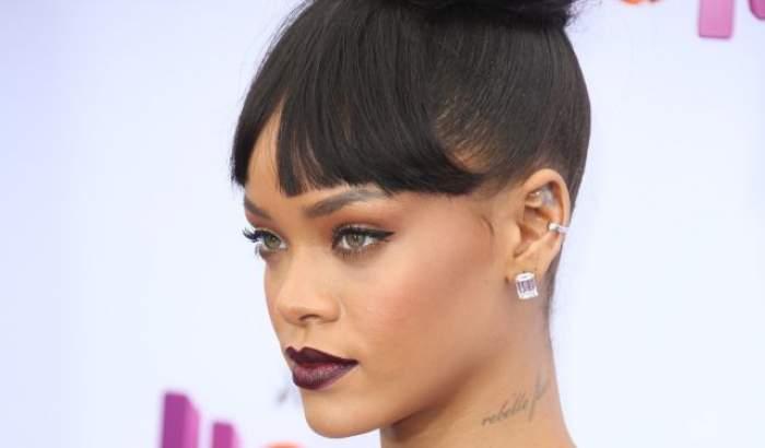 E pe bune, nu e glumă! Rihanna s-a înverzit!