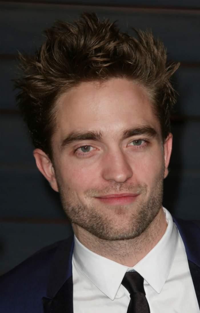 Nu mai suspinaţi, Robert Pattinson e luat! Bat clopote de nuntă?