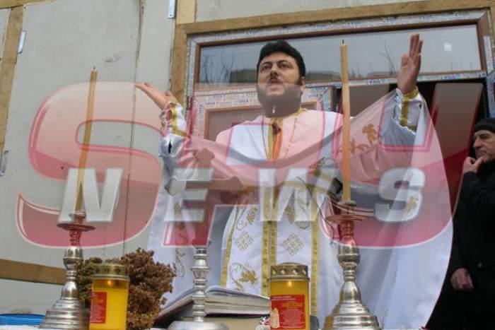 Spynews a dezlegat misterul! Cum a ajuns preotul controversat să oficieze slujba Marioarei