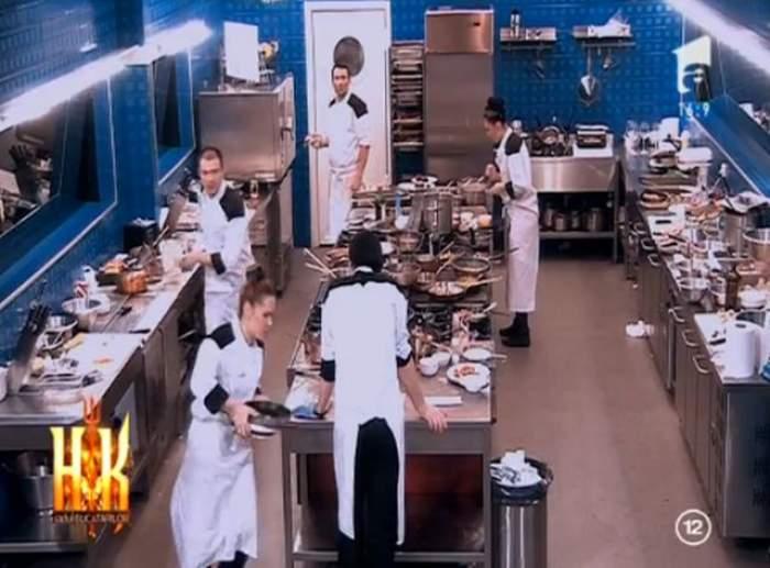 """VIDEO / Un concurent de la """"Hell's Kitchen - Iadul Bucătarilor"""", """"vedeta"""" serii! Așa și-a sabotat el colegii în service"""
