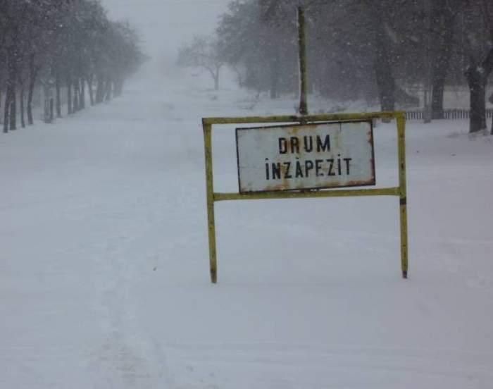 Drumurile închise din cauza ninsorilor! Citeşte lista cu atenţie!