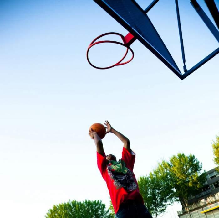 Dramă în lumea sportului! Un baschetbalist de 20 de ani a fost găsit mort în casă!