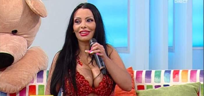 """Mona Dansatoarea a scăpat de interdicţia de a părăsi ţara: """"Negociez contracte în alte ţări să prestez dansul meu!"""""""