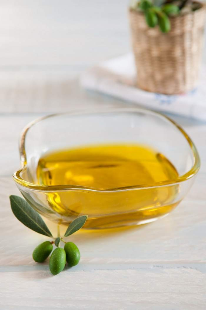 Protejează-ţi rinichii şi tratează diabetul cu un ulei esenţial pe care îl poţi face acasă