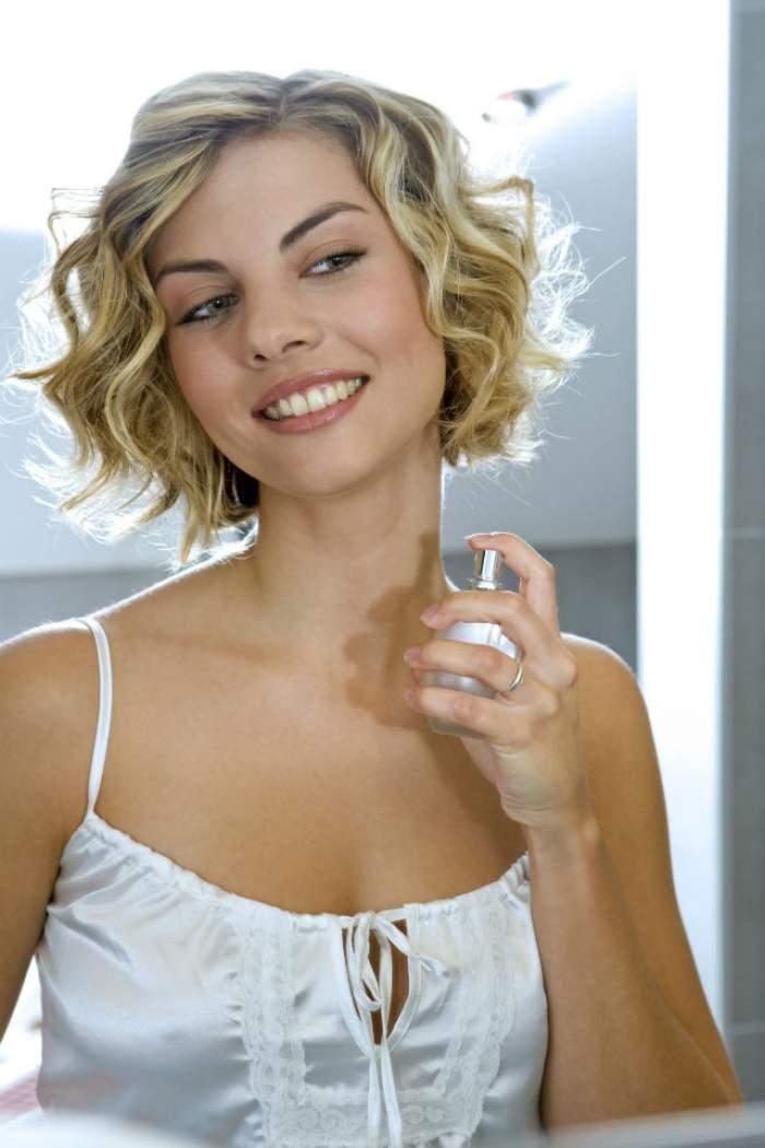 Trucuri care nu dau greş recomandate de un parfumier celebru! Ce trebuie să faci pentru ca parfumul să reziste mai mult timp pe piele