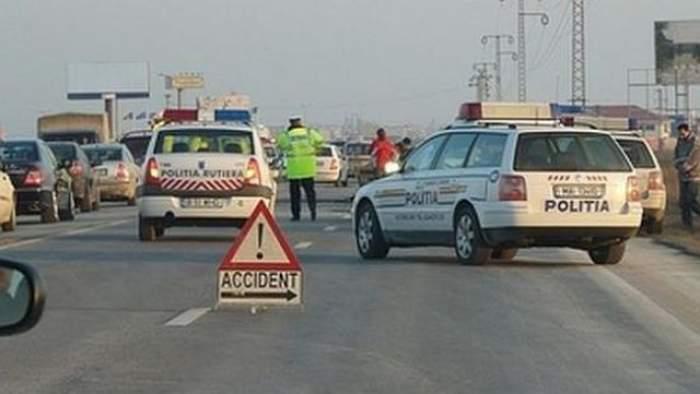 ACCIDENT pe DN1! Opt răniţi, între care doi copii, după ce două maşini s-au ciocnit