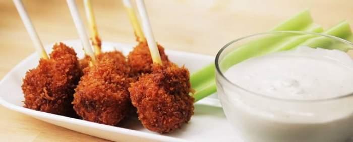 VIDEO / REŢETA ZILEI: MARŢI - Bulete de pui cu sos delicios