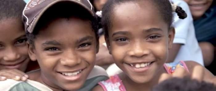 VIDEO / CEL MAI CIUDAT LOC din LUME. Fetelor le CREŞTE PENIS la PUBERTATE şi se transformă ÎN BĂIEŢI. Nu e glumă!