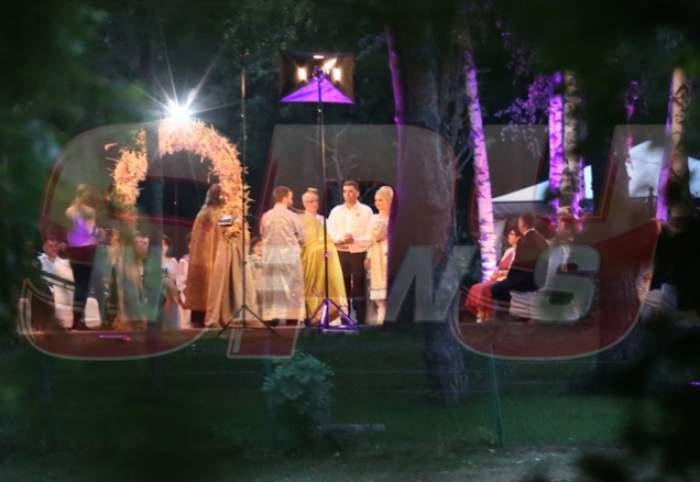 Imagini din interiorul localului unde are loc nunta lui Marcel Toader cu Maria! Cum au decorat mesele invitaţilor