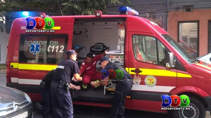 SCANDAL la Constanţa. Un bărbat a atacat cu un cuţit un taximetrist. Medicii sosiţi la faţa locului au primit acelaşi... tratament. S-au tras şi focuri de armă