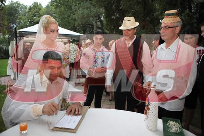 FOTO / Imagini nemaivăzute de la nunta lui Marcel Toader cu Maria Constantin