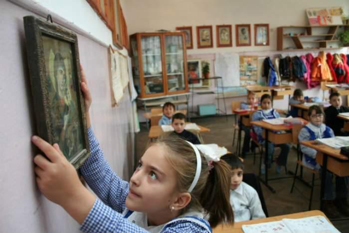 Religia afectează naivitatea copiilor? De ce este important să îi duci pe cei mici la biserică