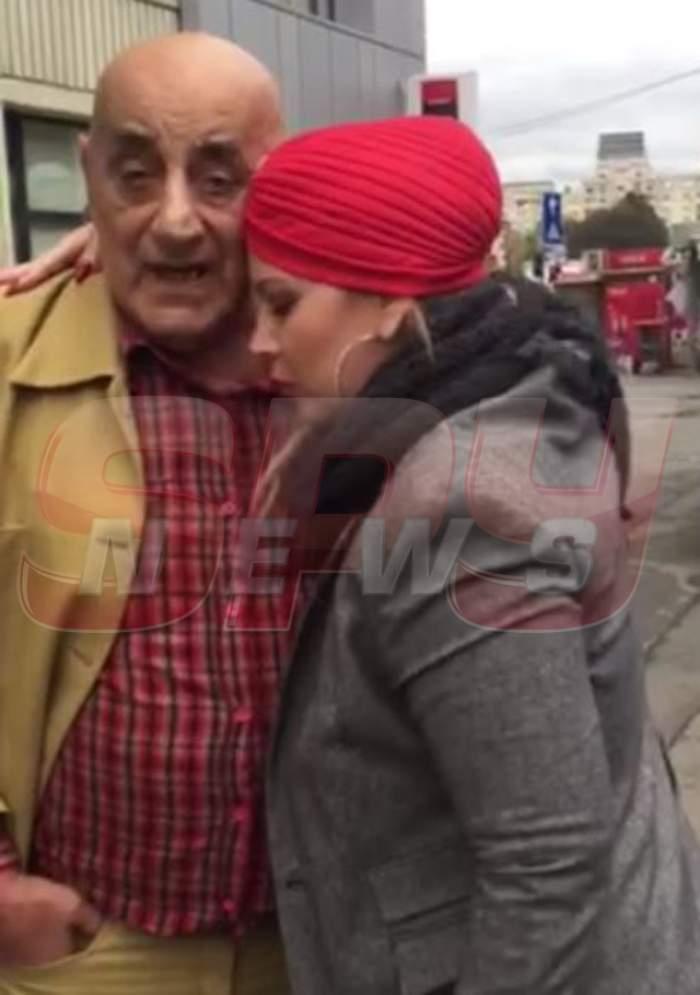 VIDEO / Soţii Lis, apariţie ŞOCANTĂ pe străzile Capitalei! Vezi la ce a renunţat Oana pentru a fi alături de soţul ei