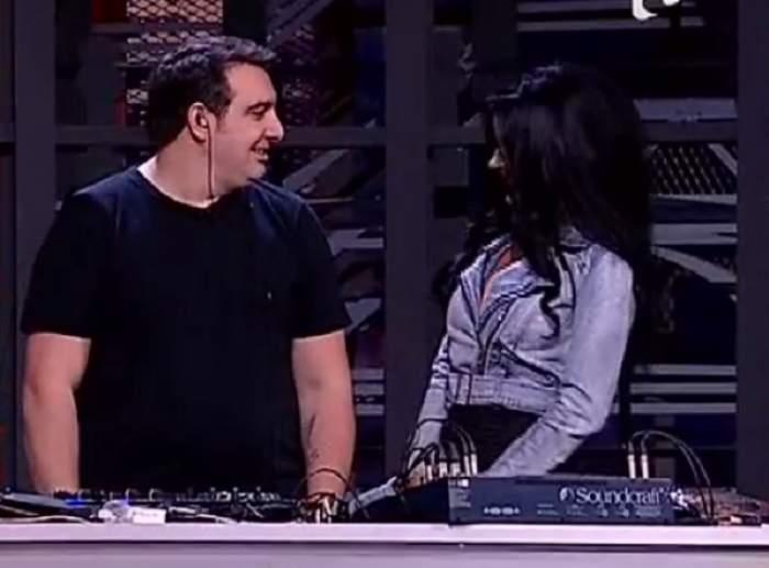 """VIDEO / Silviu Andrei a sărutat-o pe Daniela Crudu, în direct! DJ-ul """"păcătos"""": """"Lumea mă întreabă dacă m-am combinat cu ea!"""""""