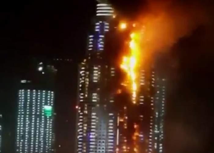 VIDEO / Imagini terifiante cu hotelul de lux din Dubai, care a ars în noaptea de Revelion