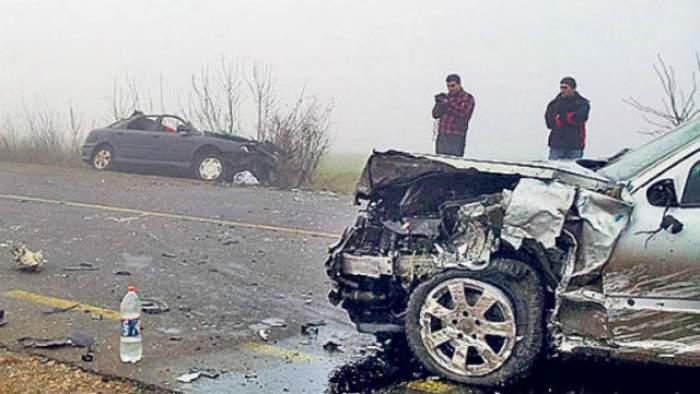 Accident TERIBIL în Olt! Doi tineri au murit pe loc şi o altă victimă şi-a pierdut viaţa la spital