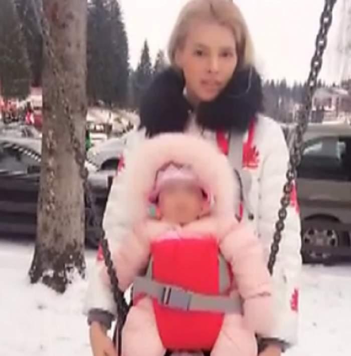 VIDEO / Imaginile tristeţii! Alina Borcea, supărată lângă copii! Nimic n-o poate face să uite de sarcina Valentinei Pelinel