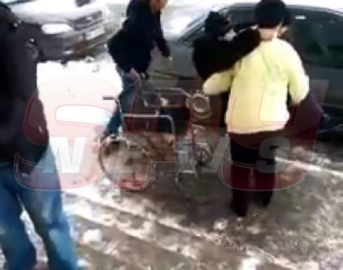 Video scandalos! Pacienţi umiliţi în ultimul hal, într-un spital din România!