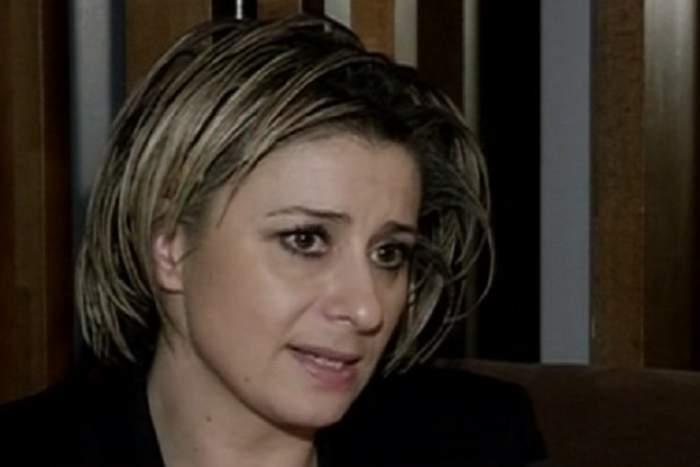 VIDEO / Îi ţine din scurt!  Anamaria Prodan nu le dă niciun ban copiilor dacă nu-i merită