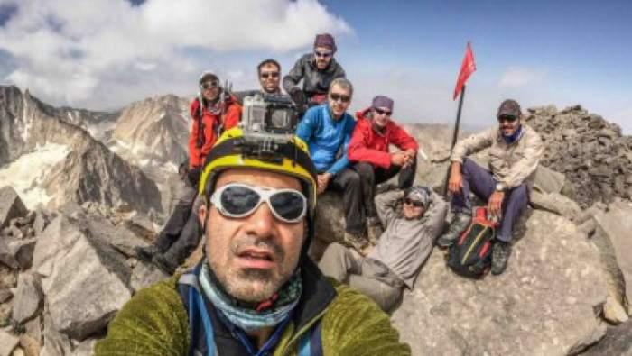 Spune adio selfie-urilor normale. Panoselfie, noul trend în materie de fotografie care face ravagii pe site-urile de socializare. Merită încercat