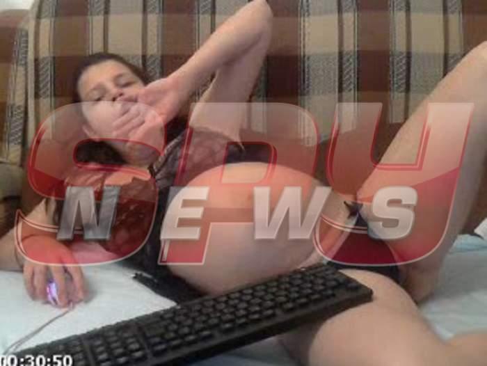 Mama pedofilă loveşte din nou! Noi imagini cu perversa, din timpul unor show-uri XXX!