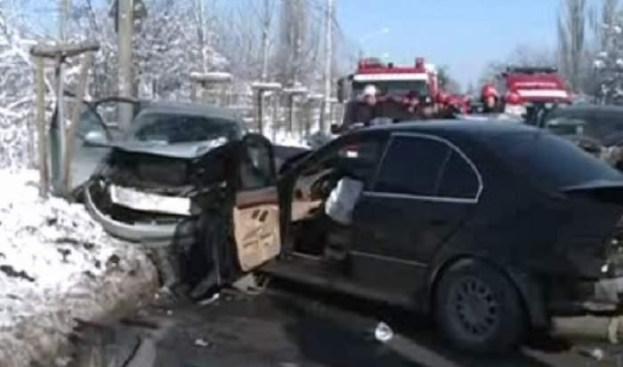 Accident grav în Bucureşti! Patru victime se află în stare gravă, iar două sunt încarcerate