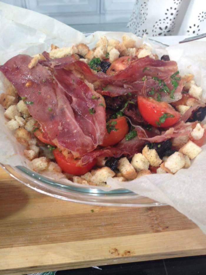 REŢETA ZILEI -  DUMINICĂ: Salată spaniolă, recomandată de Ştefan Stan. Este savuroasă şi perfectă pentru diete