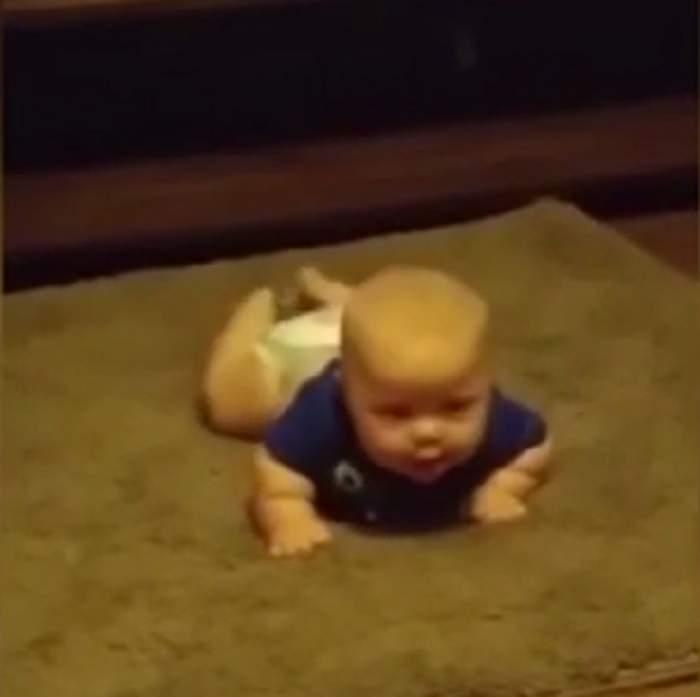 VIDEO / Pare o fotografie obişnuită cu un bebeluş, dar priveşte mai bine imaginea. Un detaliu a ajutat-o pe mamă să-i salveze viaţa copilului