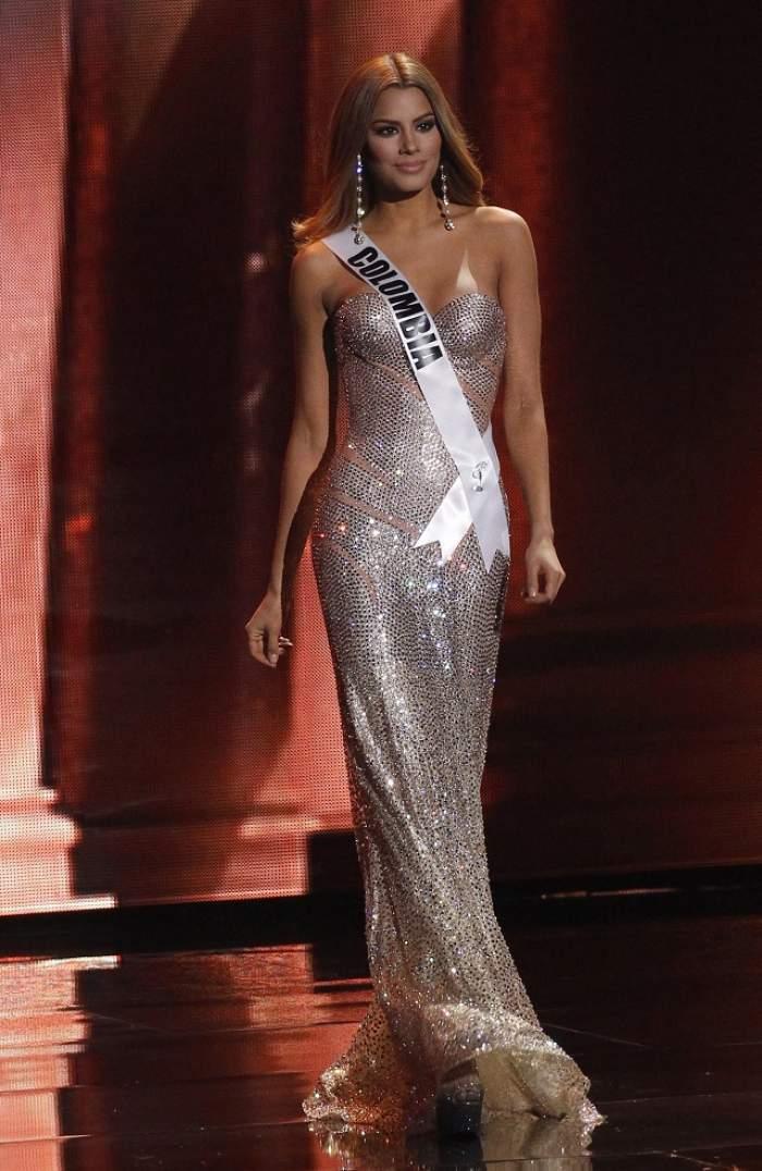 A fost Miss Universe pentru doar câteva secunde, iar acum spune tot adevărul despre nedreptatea care i s-a făcut