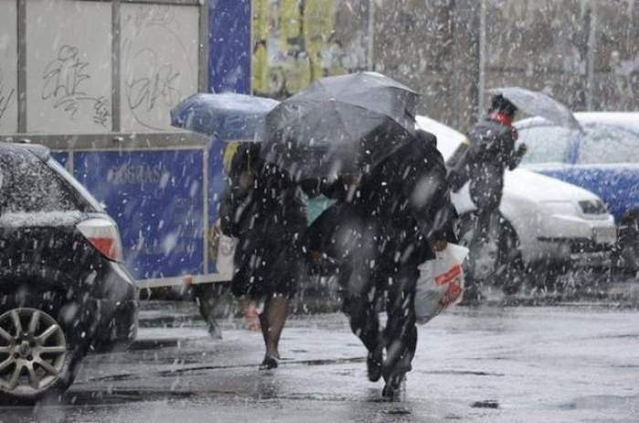 După geruri şi ninsori, meteorologii ne mai anunţă una! A fost emis COD GALBEN în majoritatea judeţelor