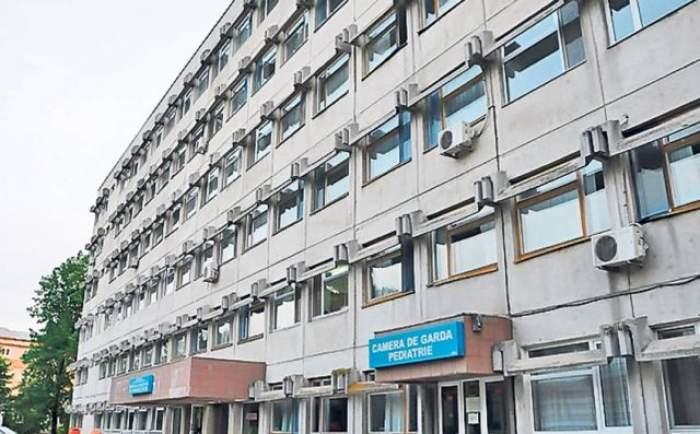 Caz şocant în Vaslui! O femeie a născut în locuinţa sa, la trei ore după ce medicii de la urgenţă au trimis-o acasă