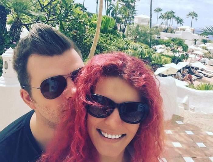 """VIDEO / O cântăreaţă cunoscută s-a căsătorit în secret! Vedeta a apărut la """"Star Matinal"""" cu verigheta pe deget şi a recunoscut tot"""