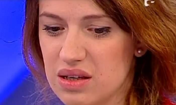 VIDEO / Iulia de la Abdracadabra a izbucnit necontrolat în lacrimi. Mama ei, pe ultima sută de metri