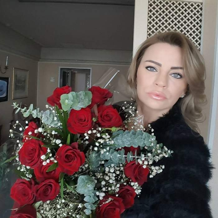 Zi mare pentru Mariana Roşca! Uite ce sărbătoreşte fosta amantă a lui Cristea şi cât de mult seamănă cu sora ei