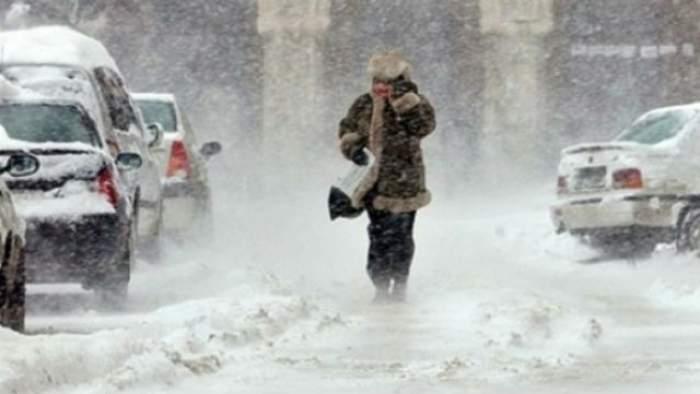 Meteorologii au veşti proaste! Ninsorile şi viscolul pun stăpânire pe România