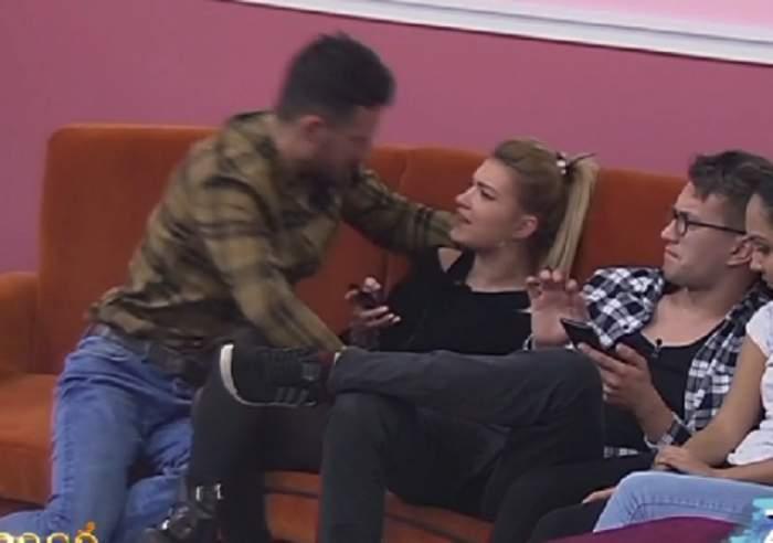 """VIDEO / Telefonul, motiv de scandal în casa """"Mireasă pentru fiul meu"""". Ana-Maria şi Laurenţiu se ceartă ca la uşa cortului"""
