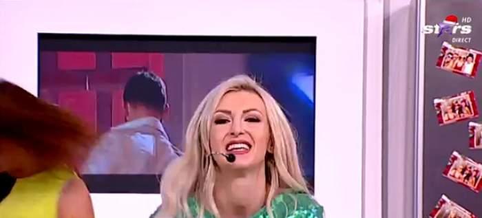 """VIDEO / Andreea Bălan, show în platoul """"Star Matinal""""! A purtat o rochie foarte scurtă"""