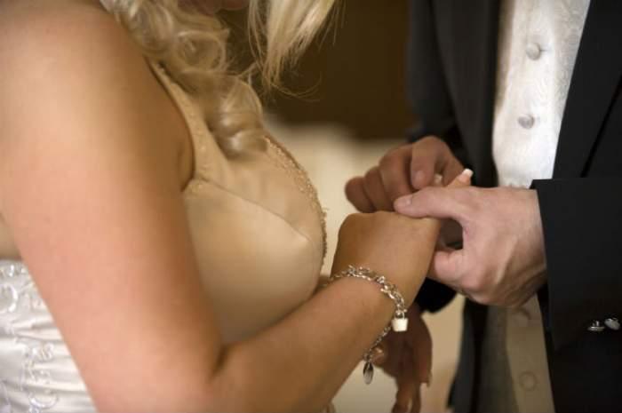 Moment emoţionat! S-au căsătorit direct de pe patul de spital