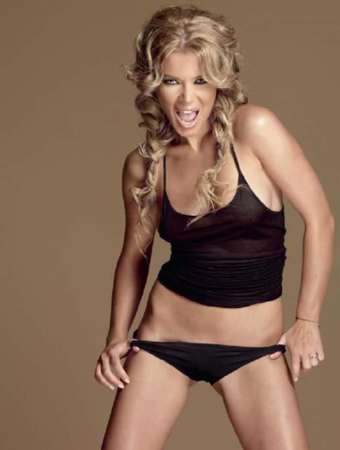 Gina Pistol, complet nemachiată la mall! Cum arată vedeta care îi înnebunește pe bărbați / Video paparazzi