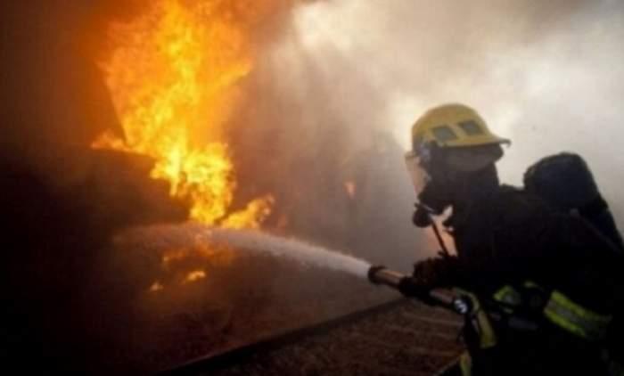 Incendiu puternic la un salon de masaj din Arad