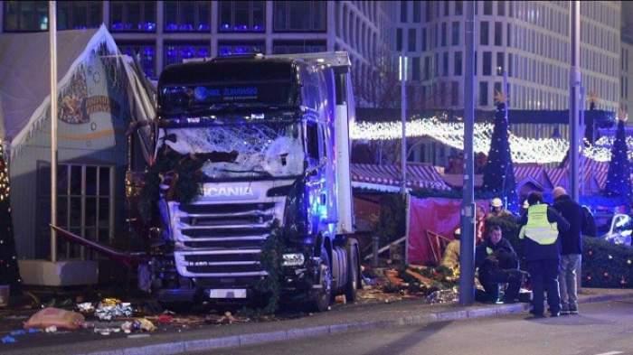 Primele imagini cu bărbatul care a condus camionul morţii la Berlin! Pe el îl caută poliţia în fiecare spital