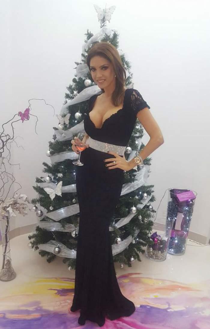 Cristina Spătar s-a îngrăşat după masa de Crăciun şi se teme că nu o va încăpea rochia de Revelion! Cine i-a oferit 101 trandafiri